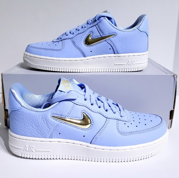 competitive price c8329 17dc6 Womens Nike Air Force 1 Premium Royal Tint Shoes